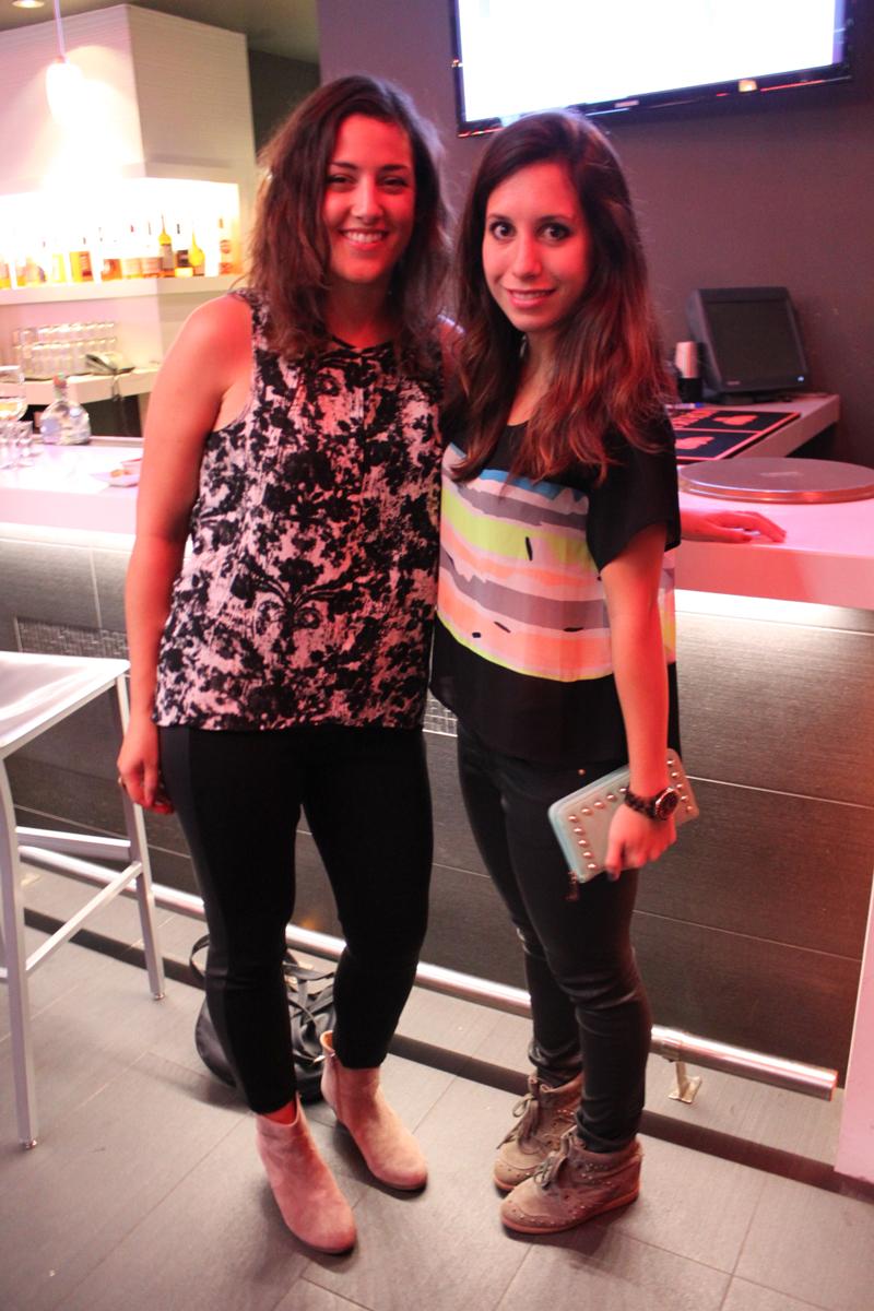 My friend Maggie Bryde and me. Eu e minha querida amiga Maggie Bryde.