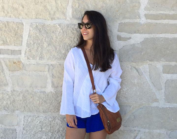 white.blue2